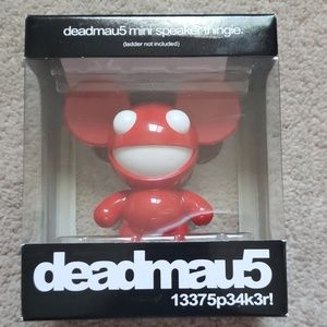 Other - NWB Deadmau5 Portable Speakers